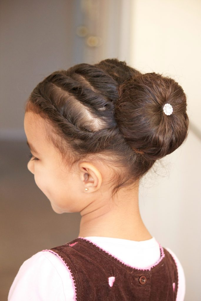 curly-hair-updo2